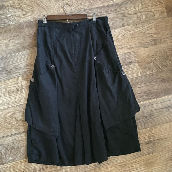 Eva wrap-around skirt black velvet